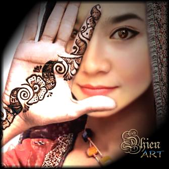 ..Hindustan Woman.. by DinniDhien