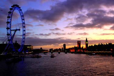 London's Dusk by jessyhorse