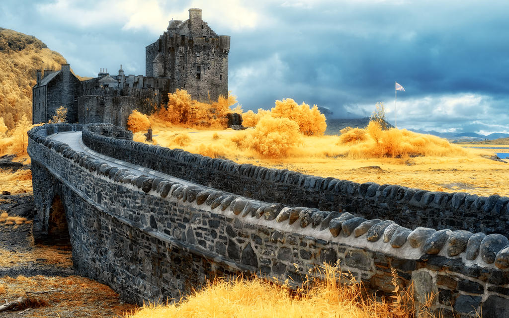 Eilean Donan Castle Infrared 590 by myINQI