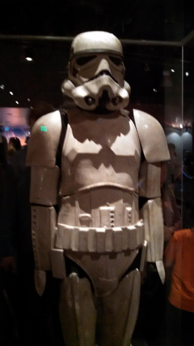 EMP/SFM: Stormtrooper by VoyagerHawk87