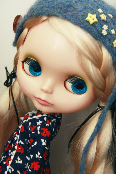 how to buy uncustomized blythe dolls