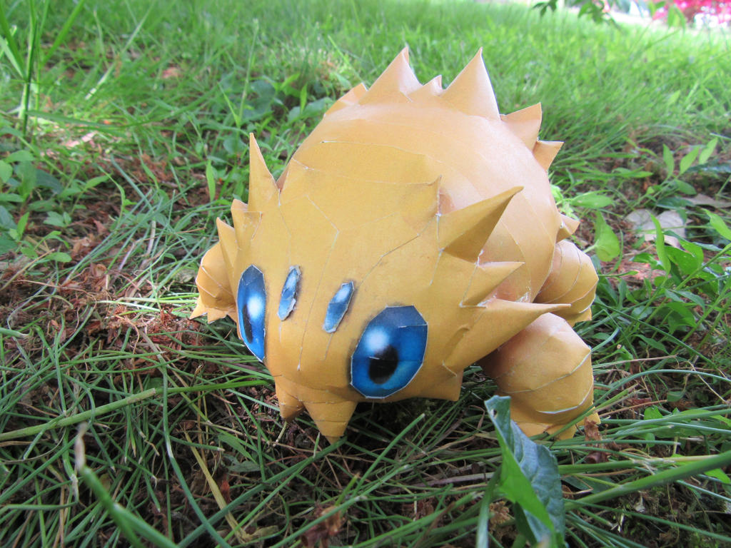 Joltik by RakogisPapercraft