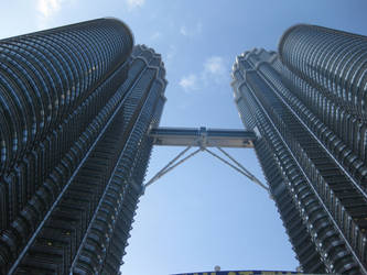 Twin Towers by toshina
