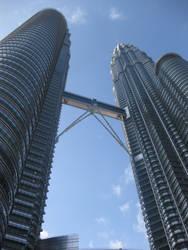 Petronas Towers by toshina