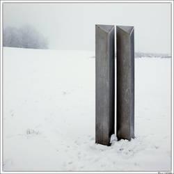 Icy steel twins... by Koekiemonster