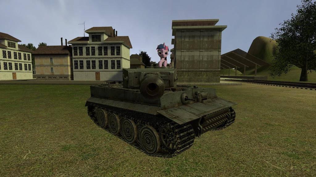 Ponies und Panzers 8 by mRcracer