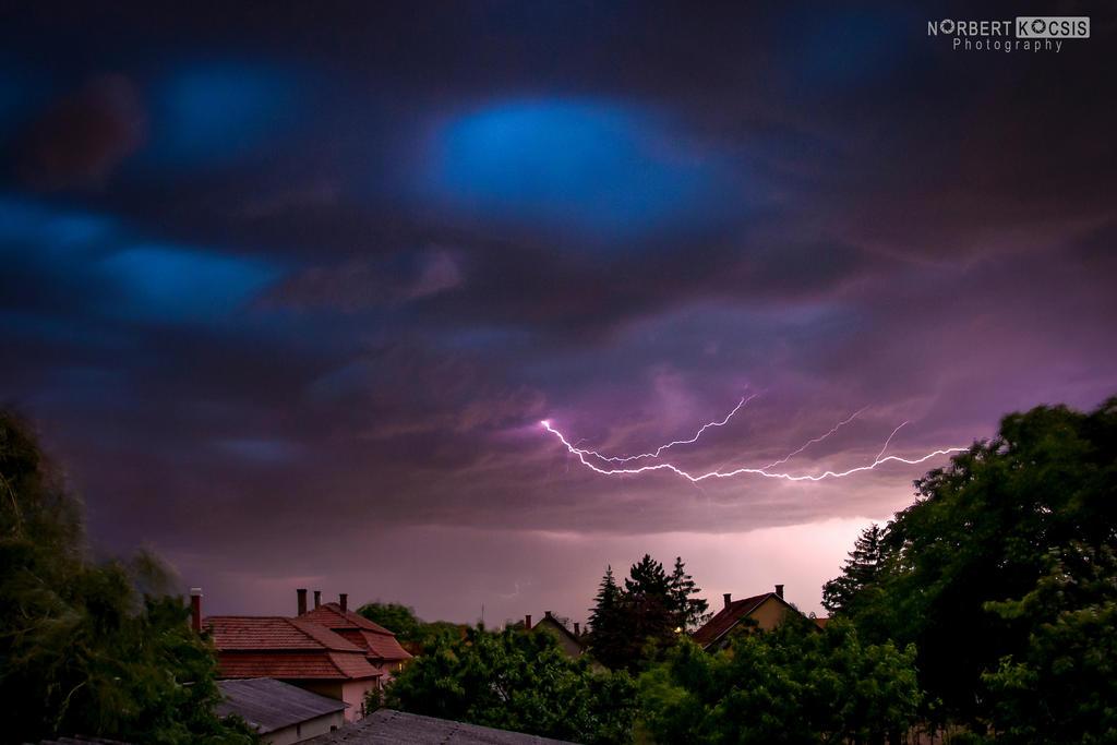 Thunder by NorbertKocsis