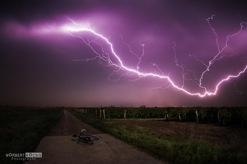 Autumn lightning by NorbertKocsis