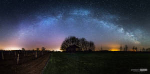 Who gets up early, finds Milky Way!