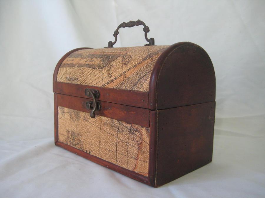 vintage wooden chest 1