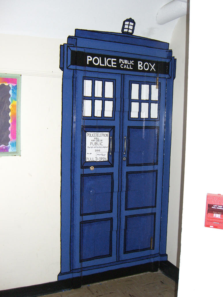 tardis bedroom door tardis mural by ehyde on deviantart 13435