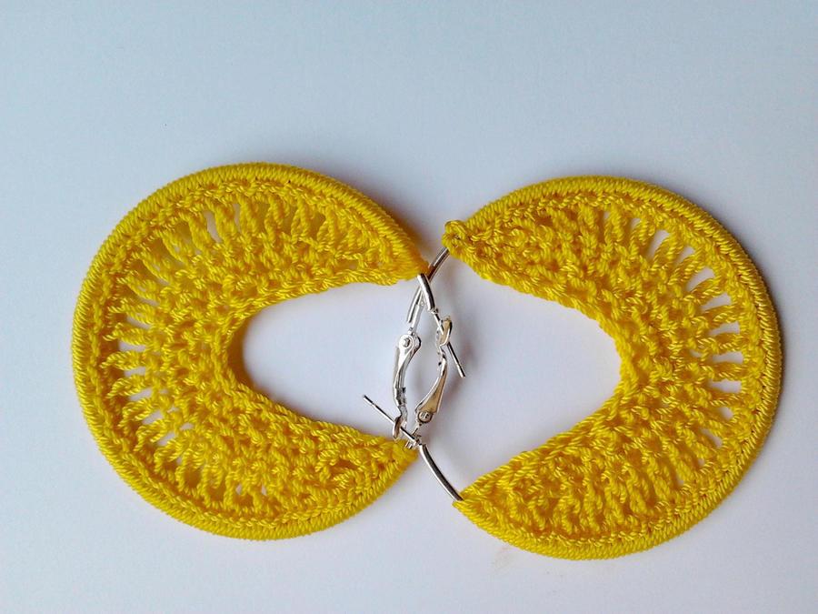 Bead Crochet Hoop Earrings by birschey