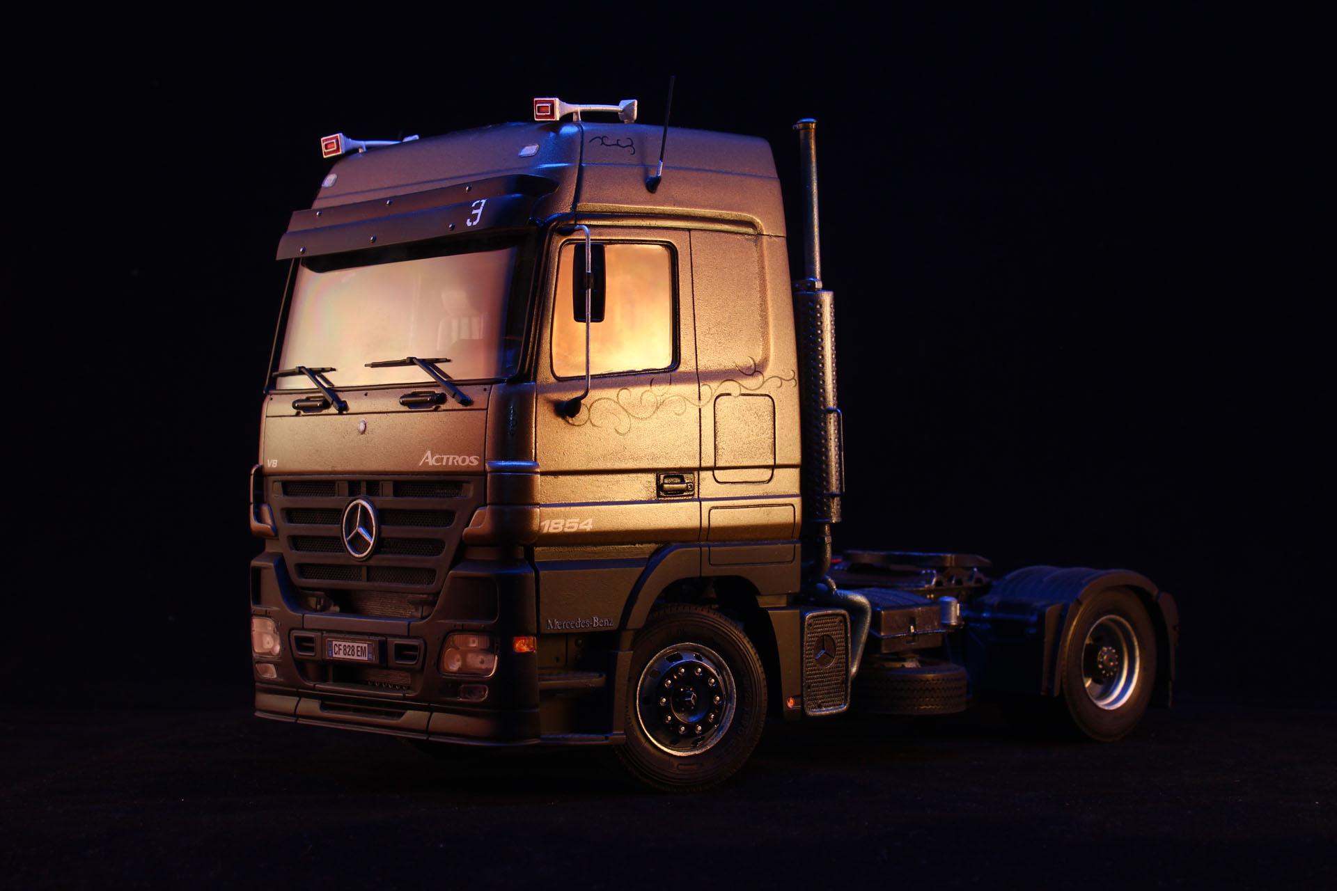 Mercedes mp3 - Italeri 1/24 by LarsenGR
