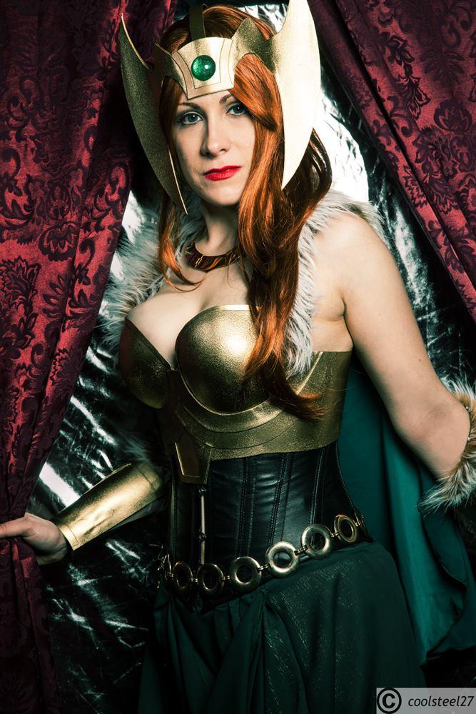 Sigyn, Wife of Loki by AnalexBeetleBum