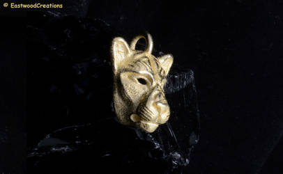 Lioness pendant by MichaelEastwood