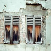 Curtain Call by DasGhul