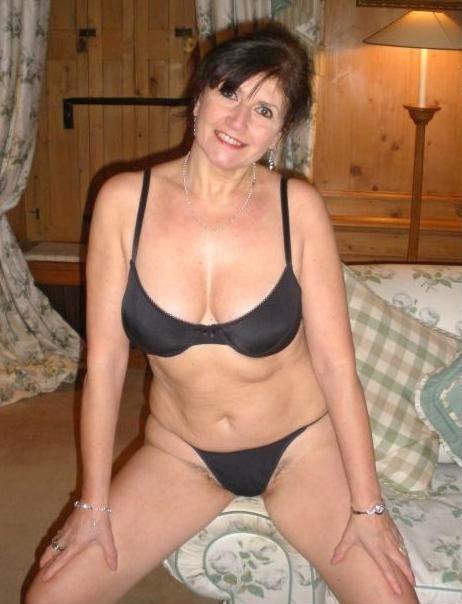 Bikini Mature Pics 68