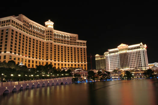 Bellagio and Caesers Palace by entropy462
