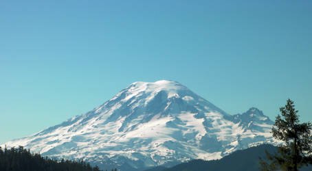 Tahoma from White Pass Redux by infin8yquest