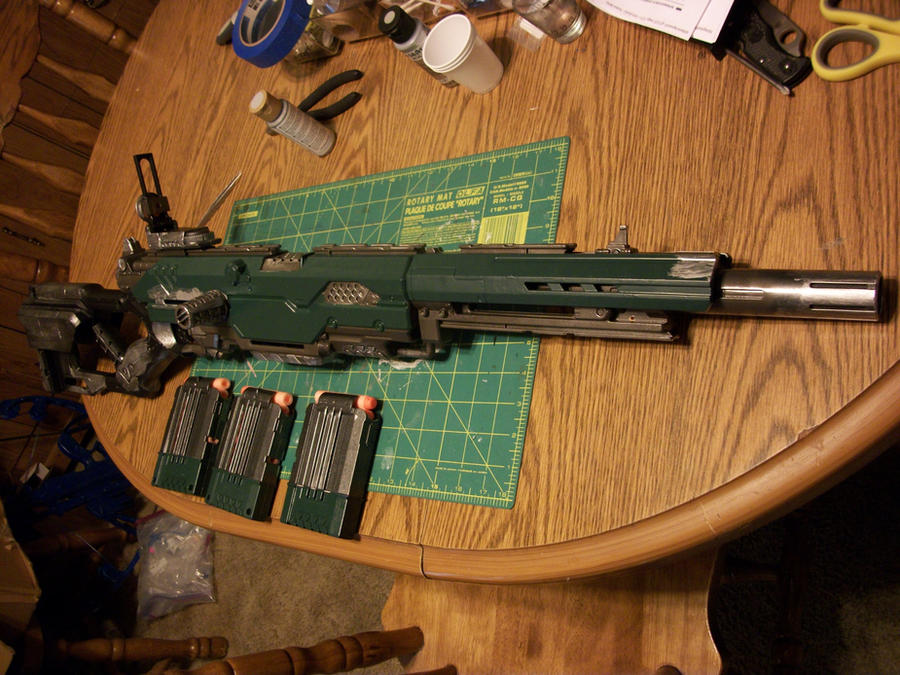 Warhammer 40K Lasgun complete by Frost-Claw-Studios