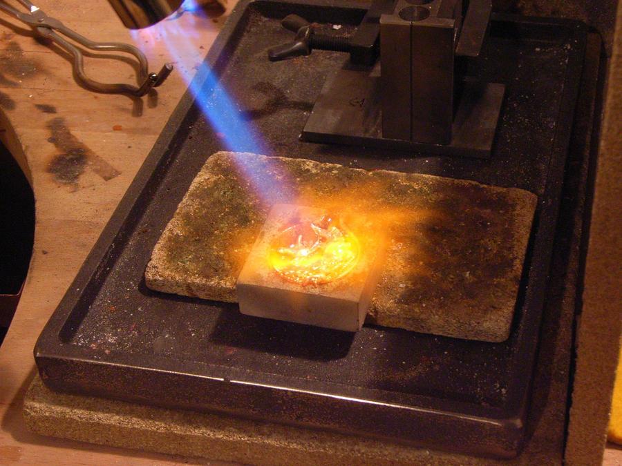 Melting Gold Melting gold by siihraya