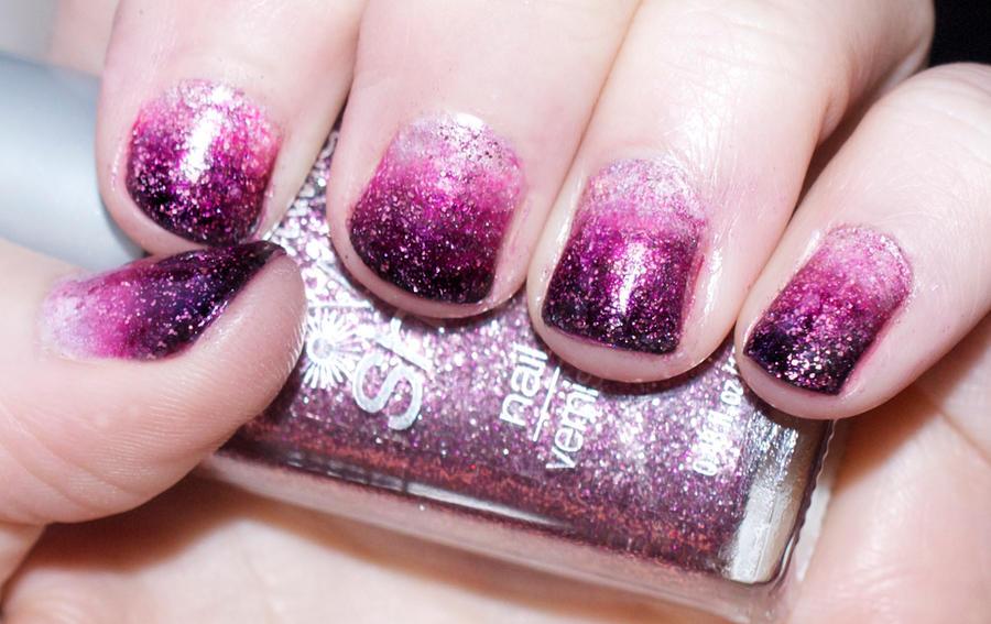 Valentine Gradient Nails by KatieAlves