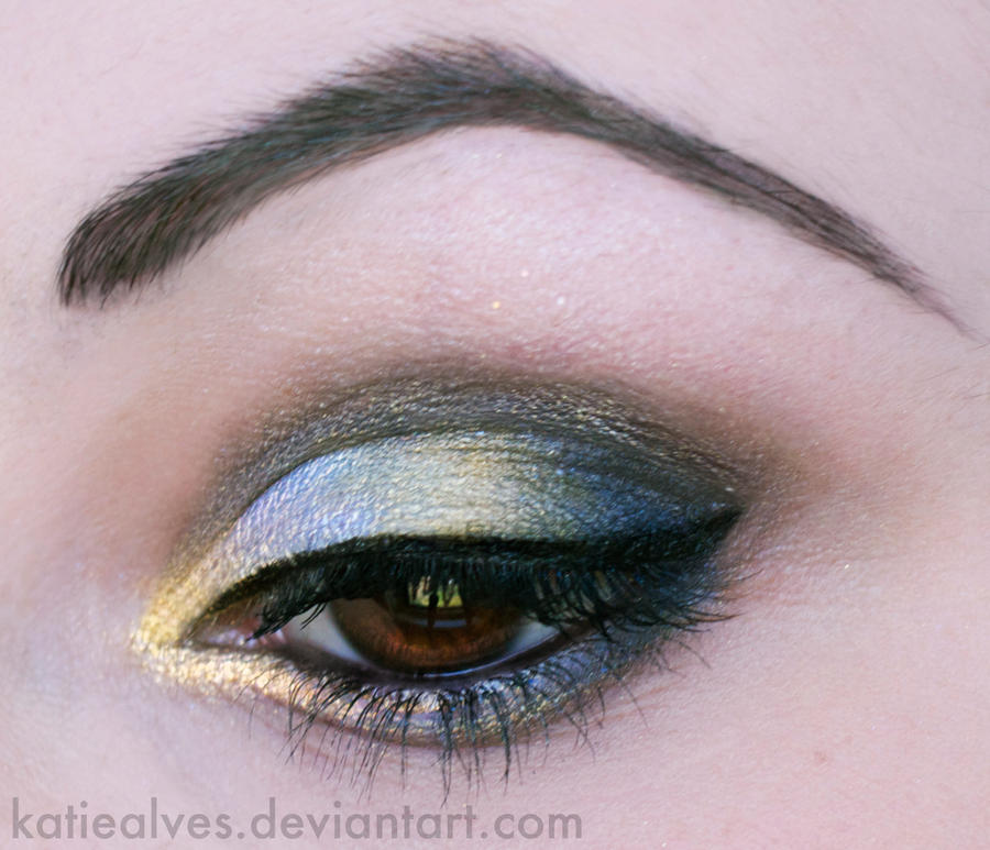 Two Tone Shine by KatieAlves