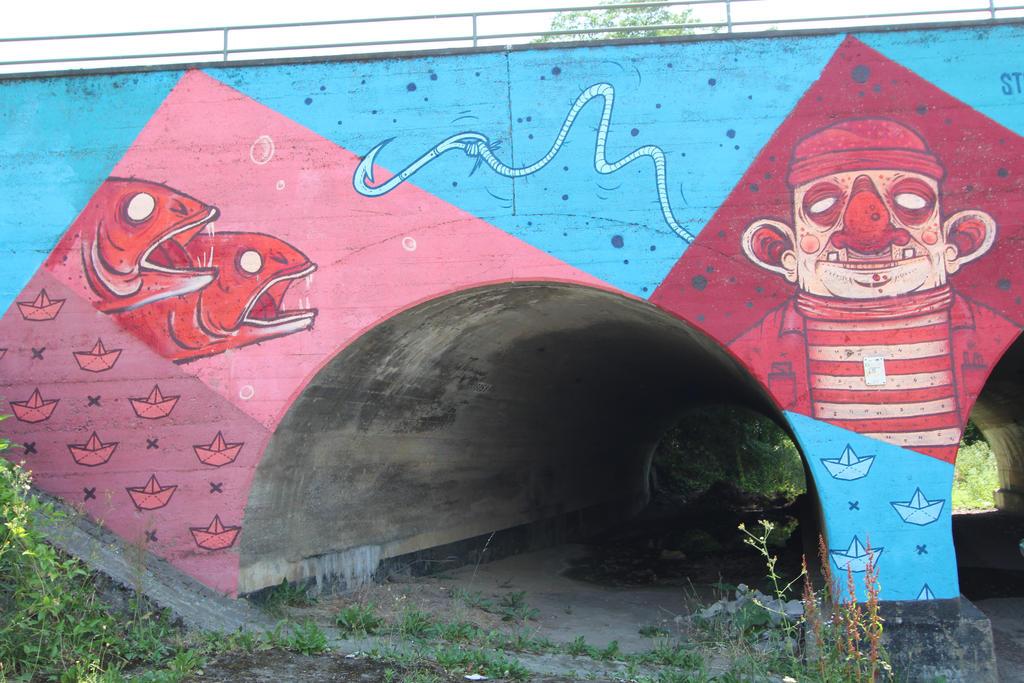 Streetart in Wuerzburg III by dreieinhalb
