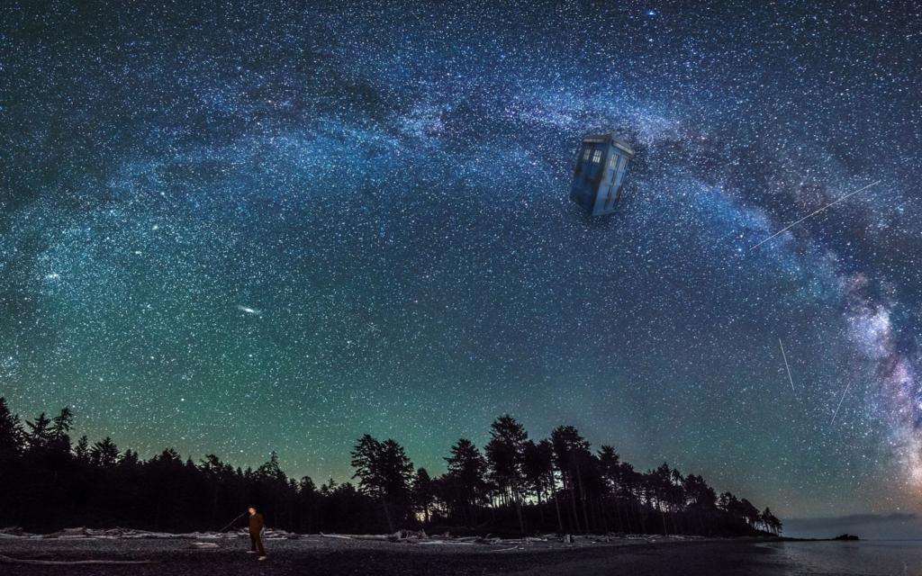 Walking Alone (TARDIS Desktop Background)