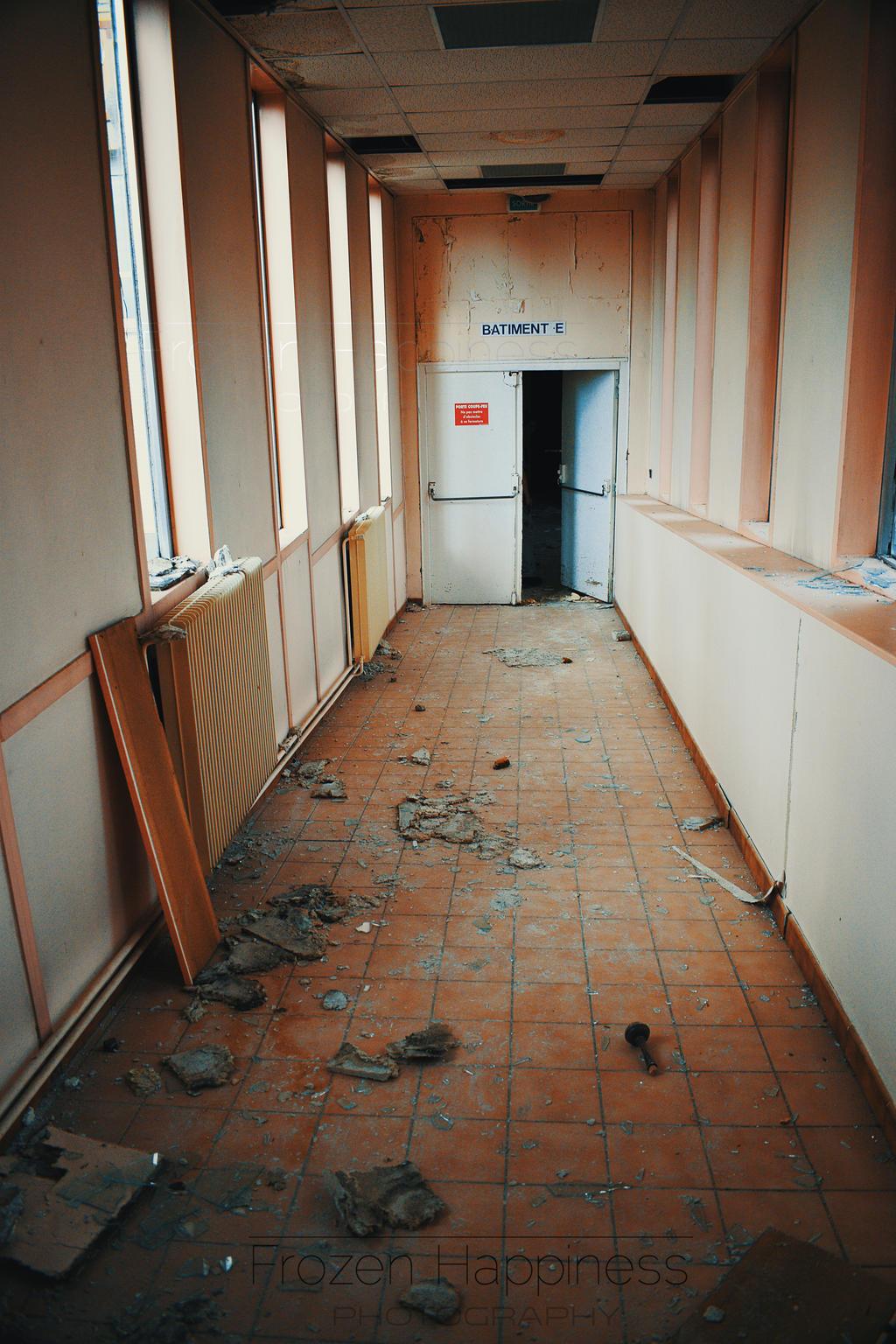 couloir hopital by Siana54