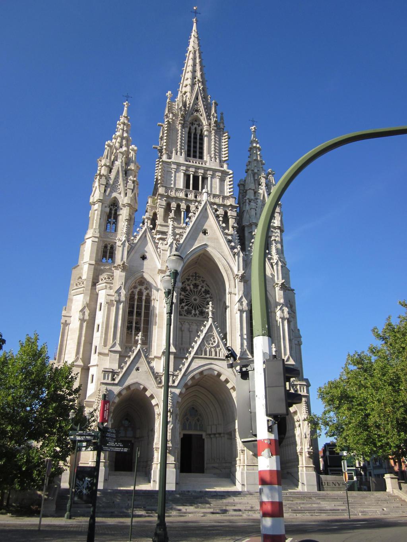Eglise Notre-Dame de Laeken by winterschmied