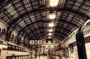 Estacion de Francia by Logan-chem