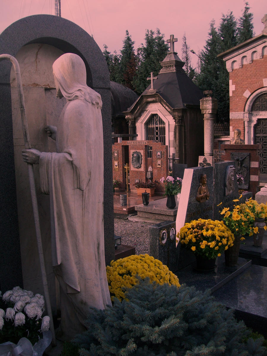 Cemetery Statues by ~MartianGematary on deviantART