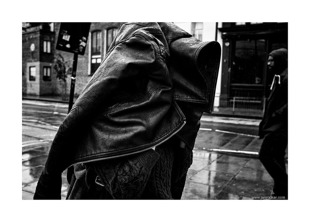 rain coat by lightdrafter