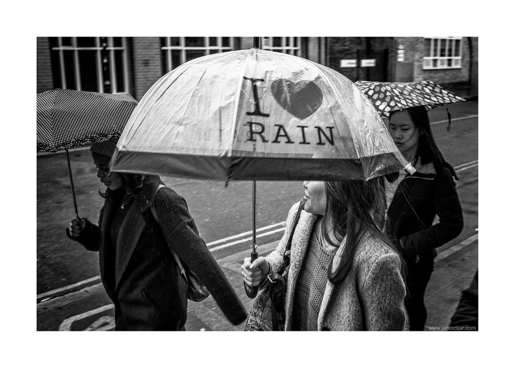 love rain by lightdrafter