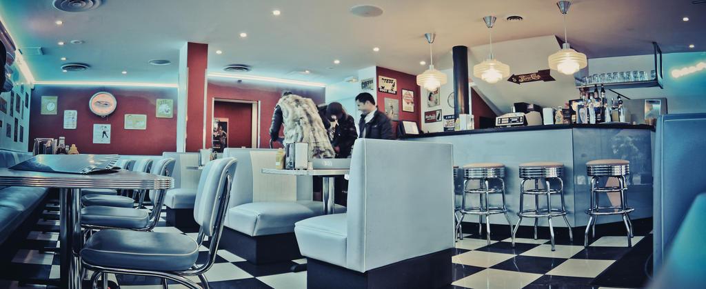 Vintage Restaurant By Easycheuvreuille On Deviantart
