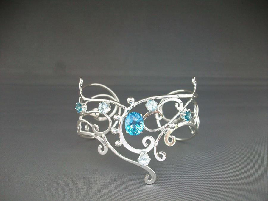 Maureens Treasure Bracelet by ElnaraNiall