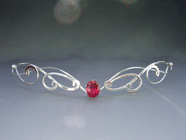 Forever My Heart circlet by ElnaraNiall