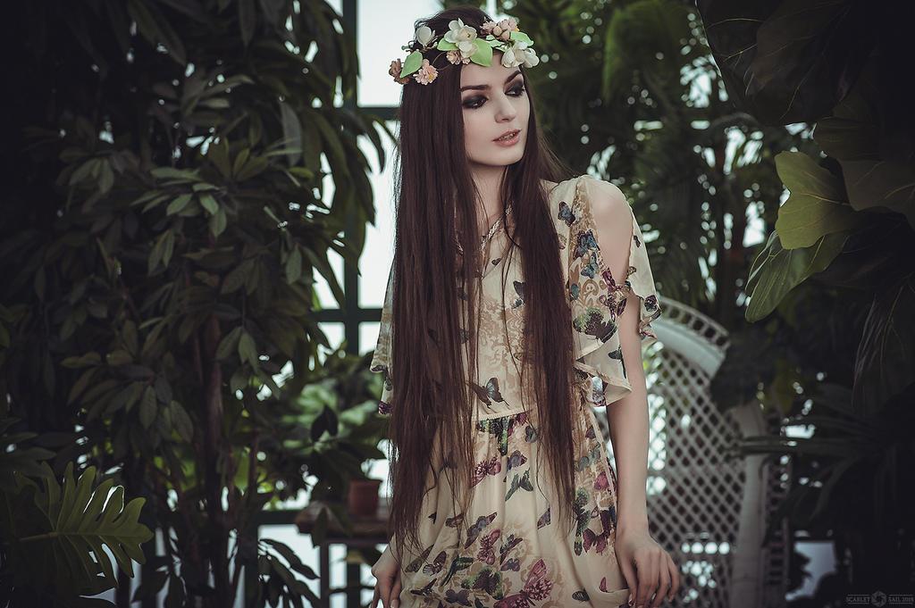 Flowers in Hair - by Alice ~MightyRaccoon~ Spiegel by LetzteSchatten-stock