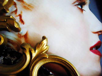 Gwen by storybox