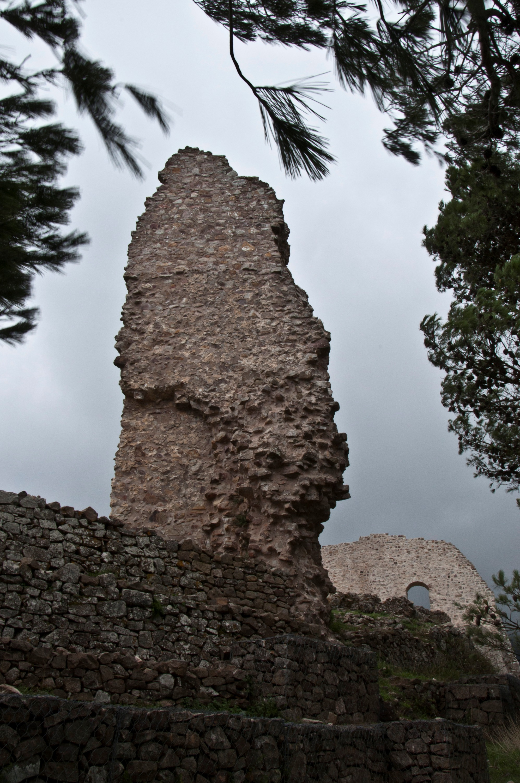 Ruin by Gabarte