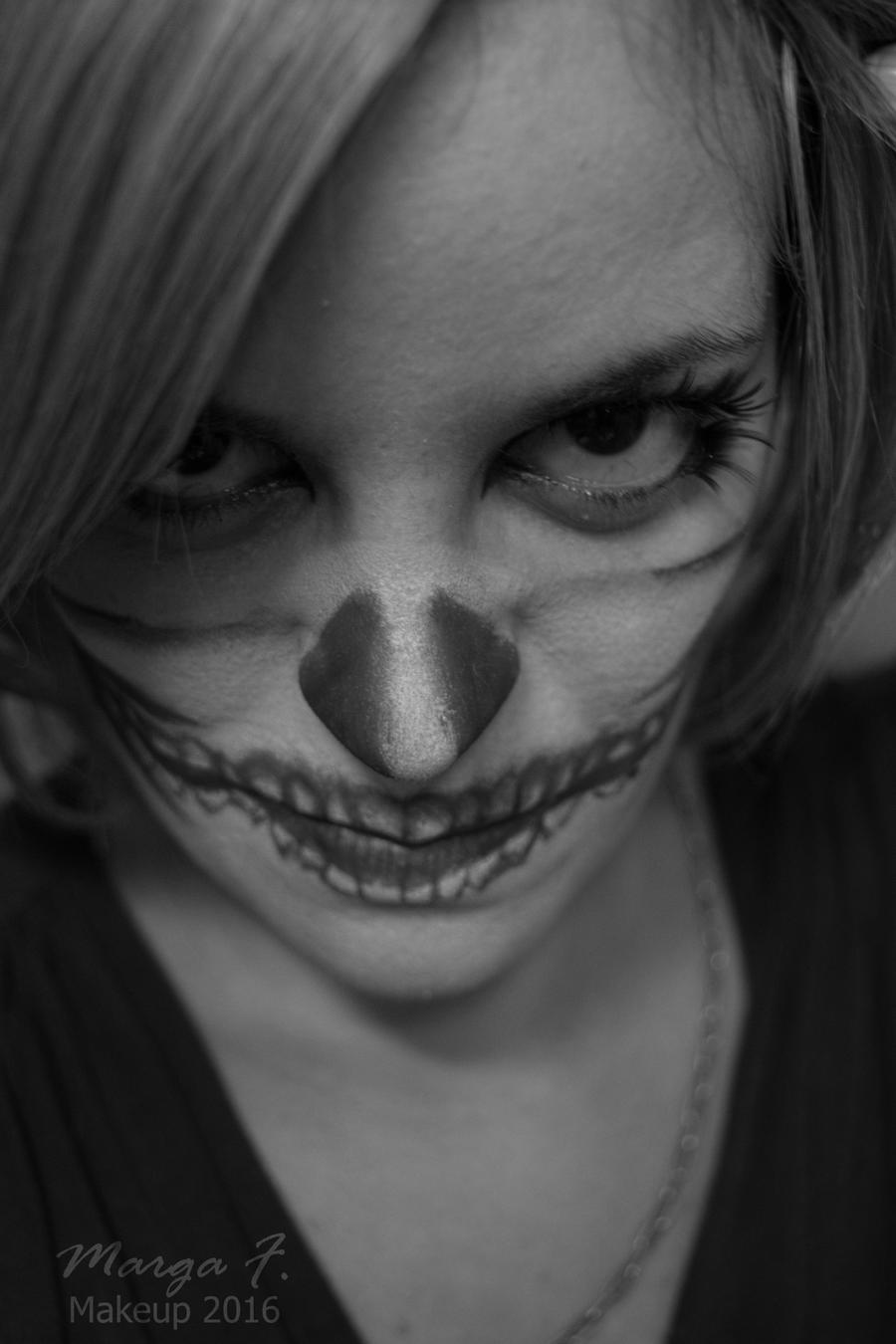 Middle Skull Makeup