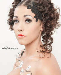 Loloe 2 by MakeUp-Lucette