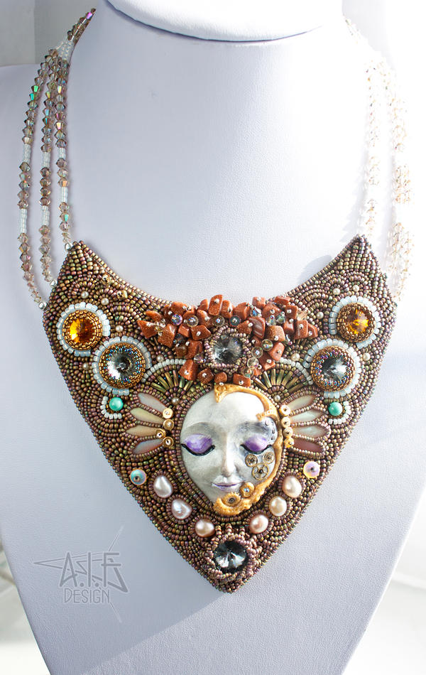Necklace: Lady of Time by annafjellborg
