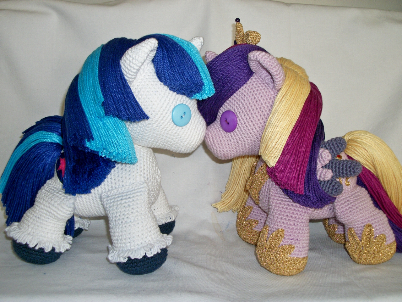 Cadenceplushie and Shiningplushie by MasterPlanner