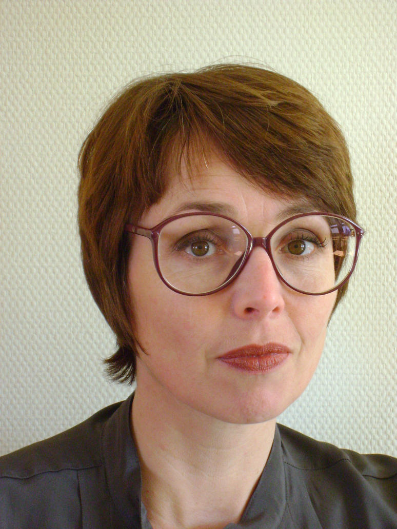 Brunette In Classic 1984 Silhouette Glasses By Lentilux On