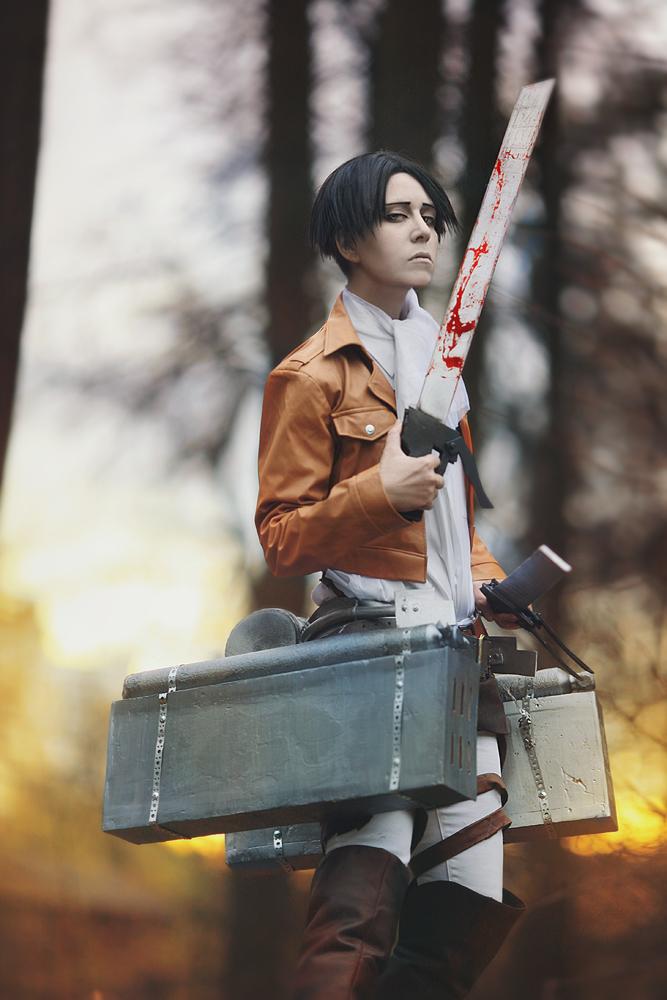 Levi cosplay by Dantelian