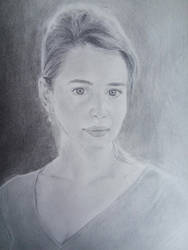 Emilia Clarke by miroredgrave