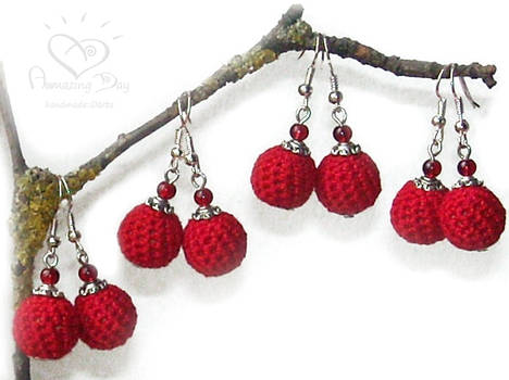 Red EARRINGS -Gift Set of 4 pairs. Crochet jewelry by daarta