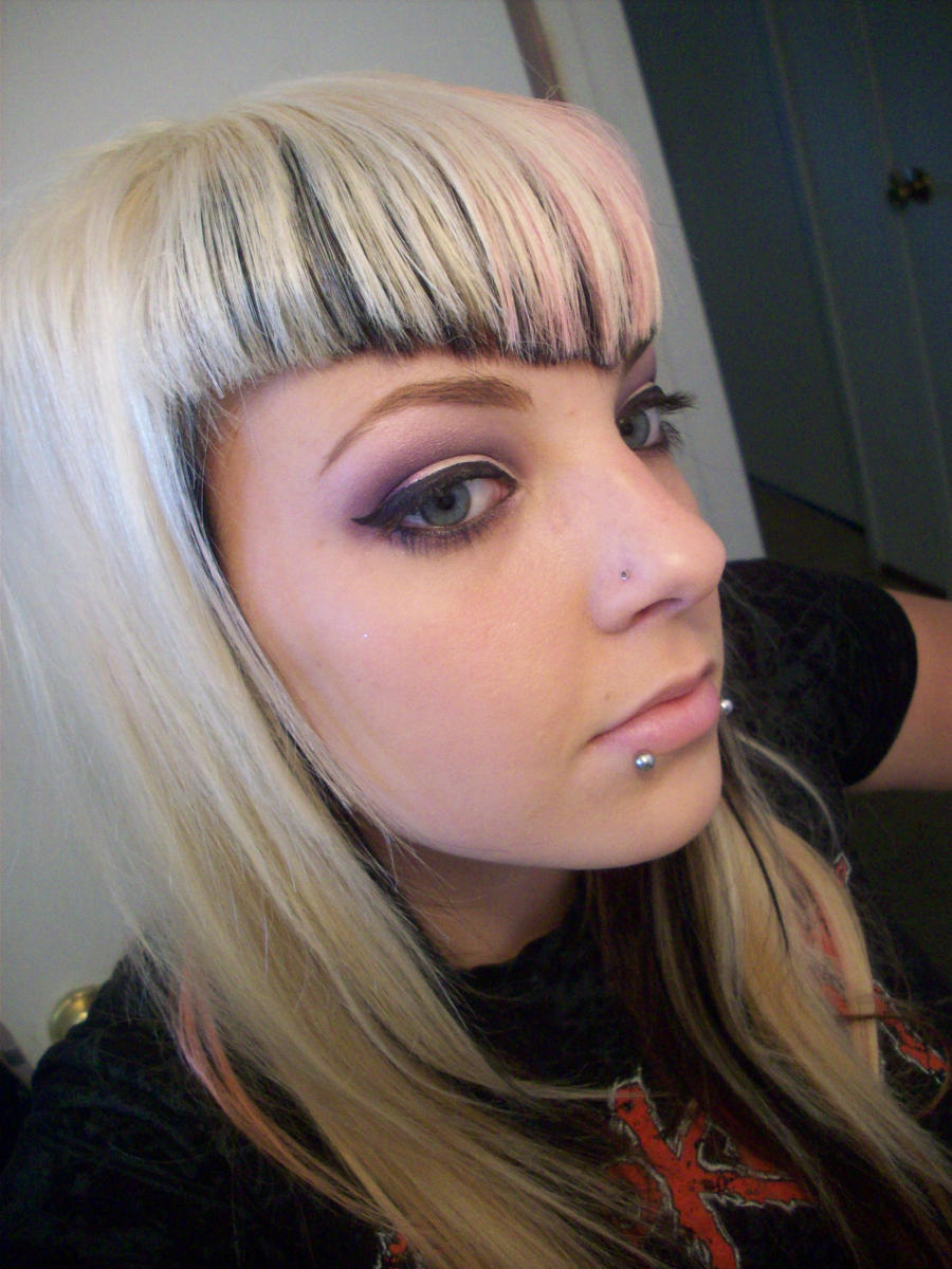 like this with m   M Shaped Bangs